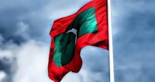 Maldives-flag-National-Day_51CCDA31